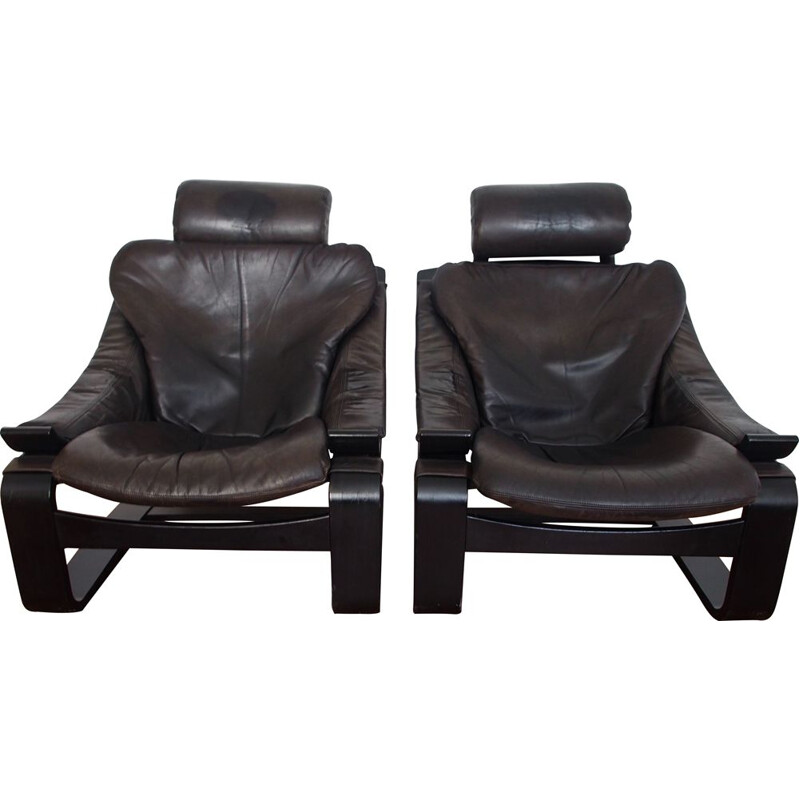 Pair of vintage armchairs and footrests Scandinavian 1970