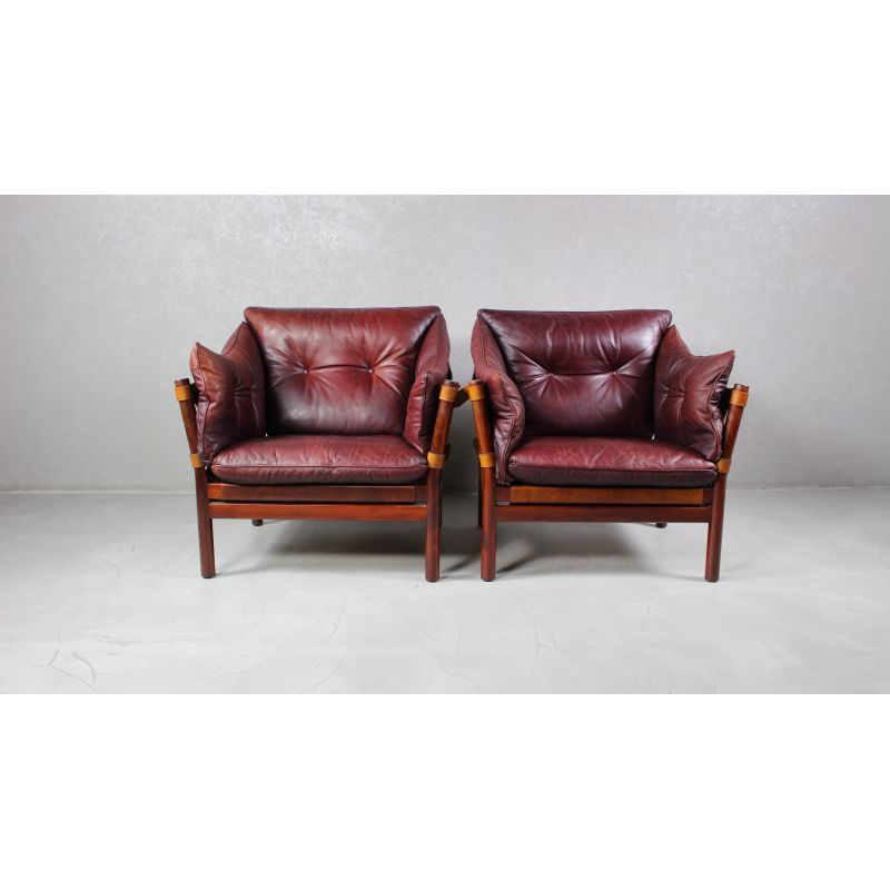 Pair Of Vintage Ilona Chairs In Leather, Arne Norell Ilona Chair
