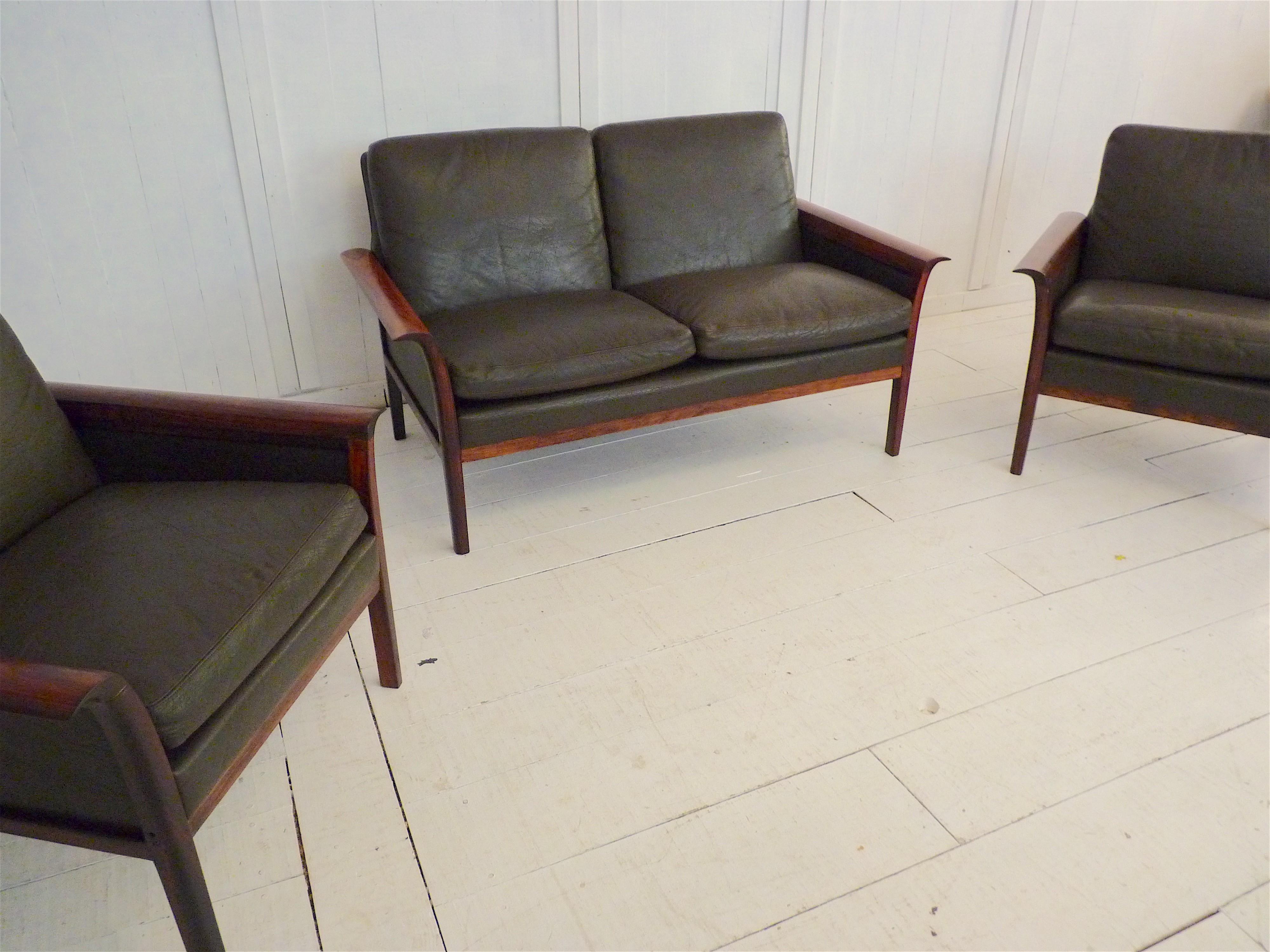 Vatne Mobler living room set in black leather, Knut SAETER - 1960s ...