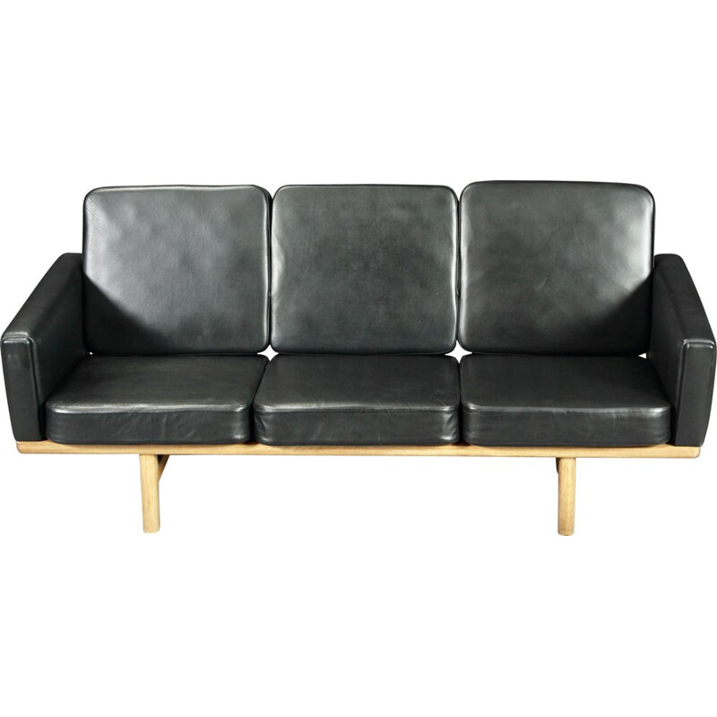 Vintage Scandinavian sofa Hans J Wegner for Getama model GE-2363