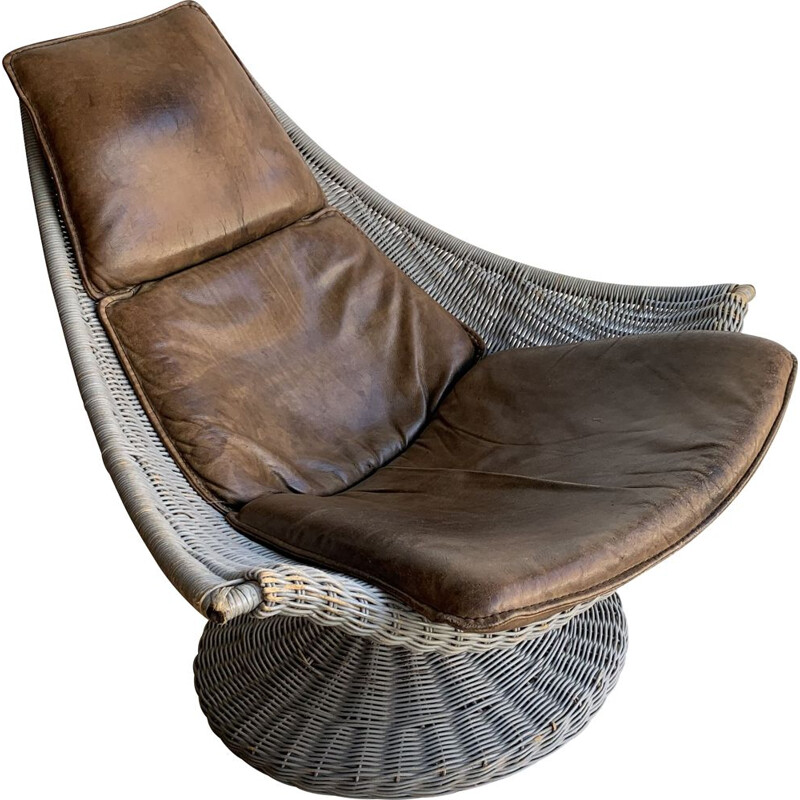 Vintage Leather And Rattan Swivel Chair By Gerard Van Den Berg For Montis, 1970s