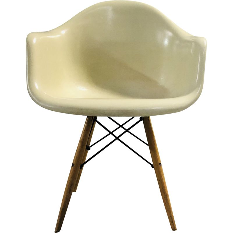 Vintage Daw armchair by Charles & Ray Eames Herman Miller 1970