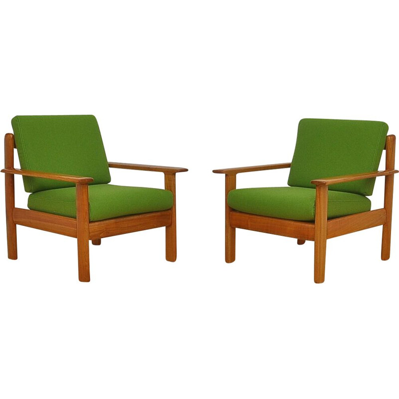 Pair of Knoll Antimott 1960 vintage armchairs