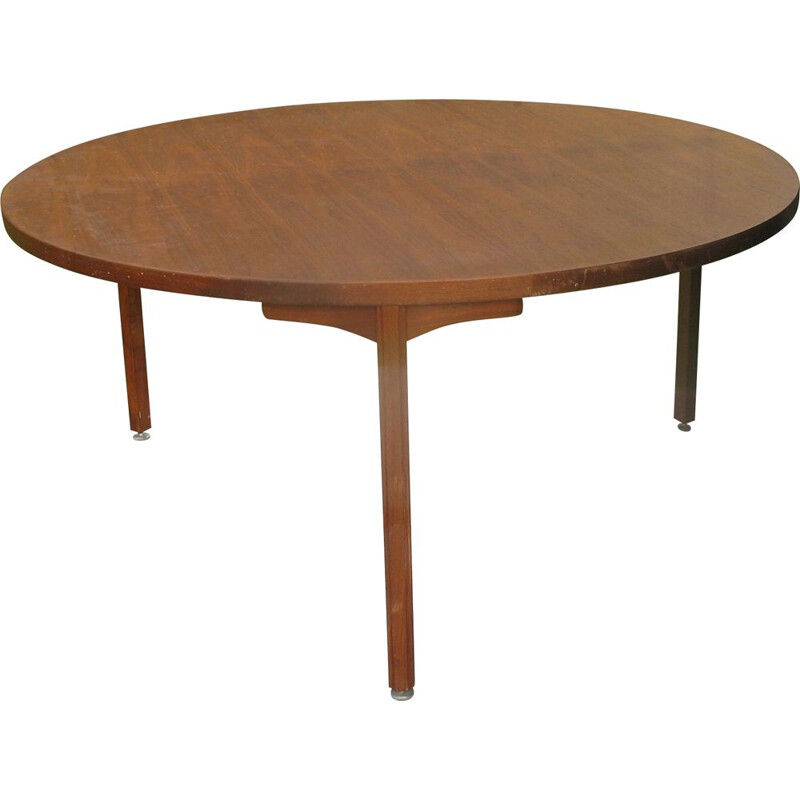 Vintage round table stamped Jens Risom 1970