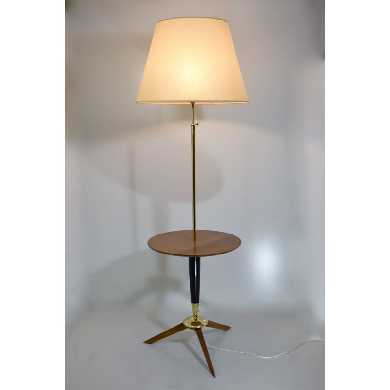 Antique wooden tripod floor lamp and Lampshade in Kelsch.