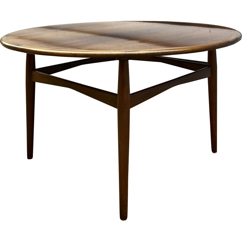 Vintage Round beechwood coffe table by cabinetmaker danish 1950