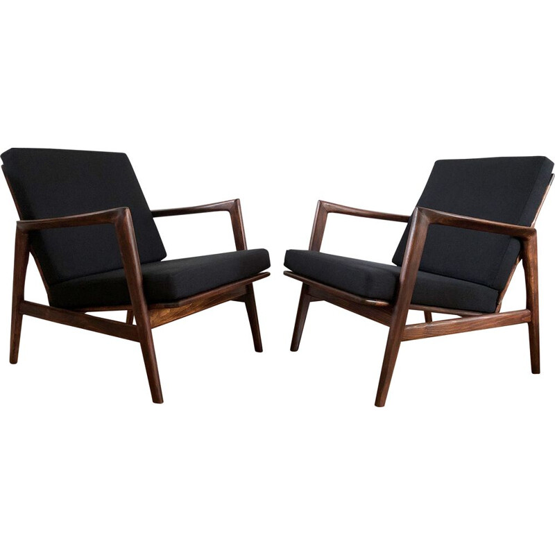 Pair of Mid-Century Black Armchairs from Swarzędzkie Fabryki Mebli, 1960s