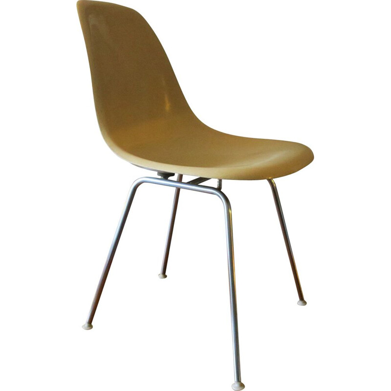 Vintage Side Chair by Charles & Ray Eames for Herman Miller, Fiberglass DSX 1950s