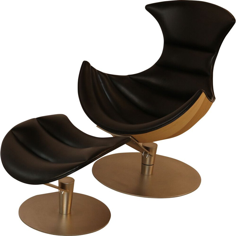 Vintage Swivel lounge chair & ottoman 'Lobster' chair by Lund & Paarmann for BruunMunch Denmark 2000s