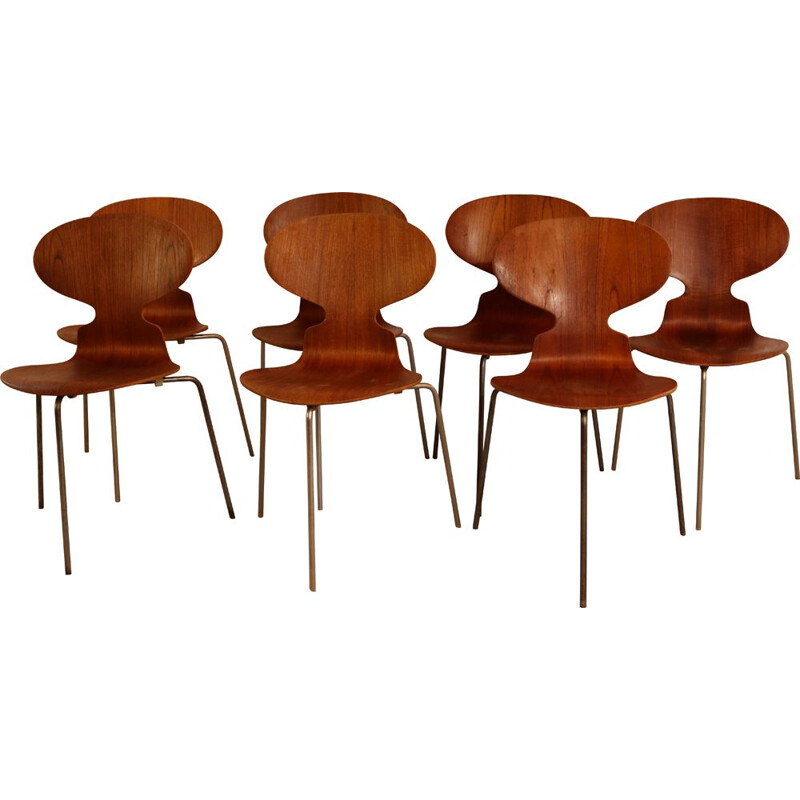 Set of 7 vintage 'Ant' chairs 3100 by Arne Jacobsen for Fritz Hansen Denmark 1950s