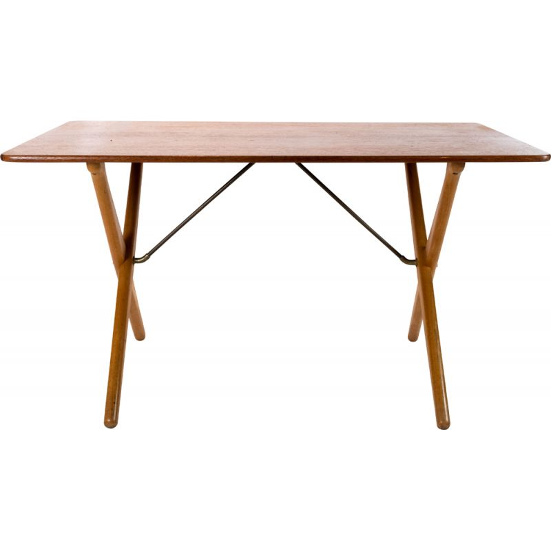 Vintage Cross legged coffetable, model AT-303, by Hans J. Wegner and by Andreas Tuck 1955