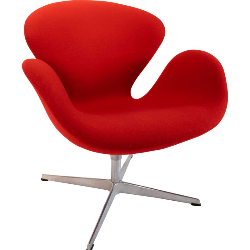 Vintage Swan chair, model 3320, designed by Arne Jacobsen and by Fritz Hansen 1958