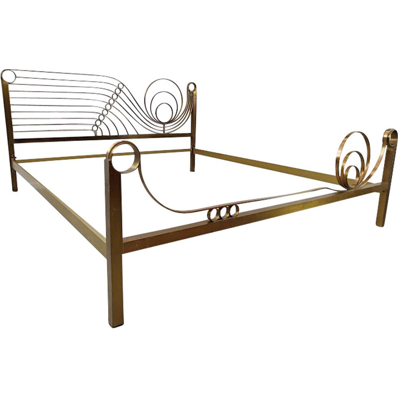 Vintage brass bed by Luciano Frigerio 1970