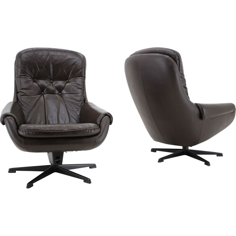 Pair of vintage leather lounge armchairs by Peem, Scandinavia 1970