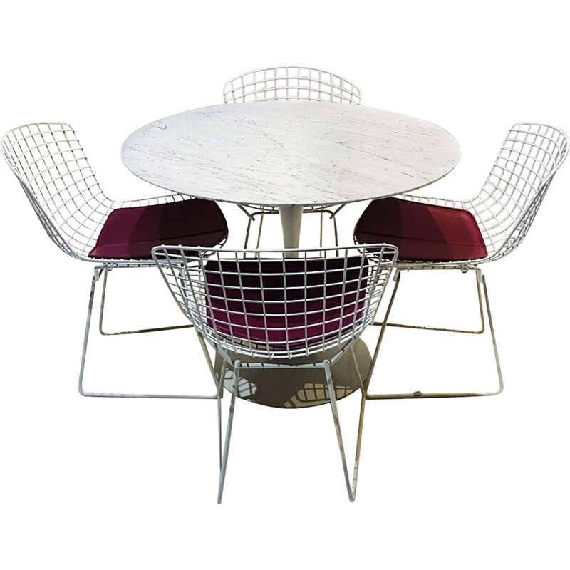 Vintage marble tulip dining table and Bertoia wire chairs dining set Eero Saarinen Knoll Studio 1950s