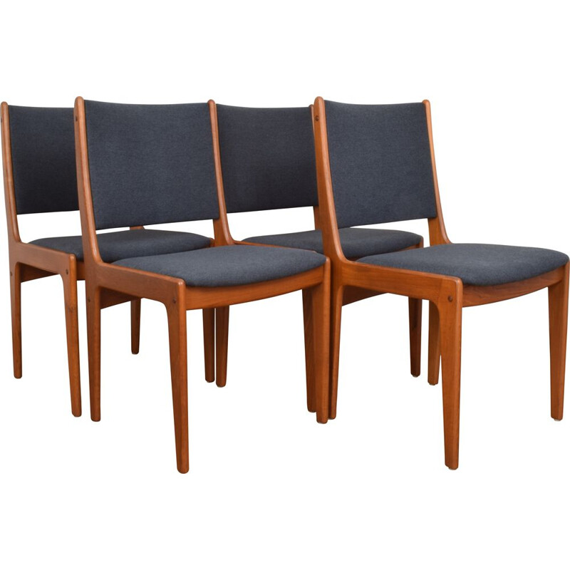 Set of 4 Mid-Dentury Teak Dininng Chairs by Johannes Andersen Danish 1960s