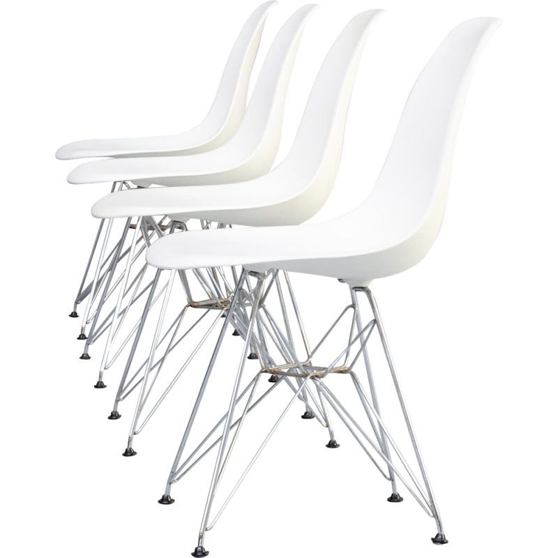 Set 4 vintage Charles & Ray Eames 'DSR' dining chair for Vitra 1990s