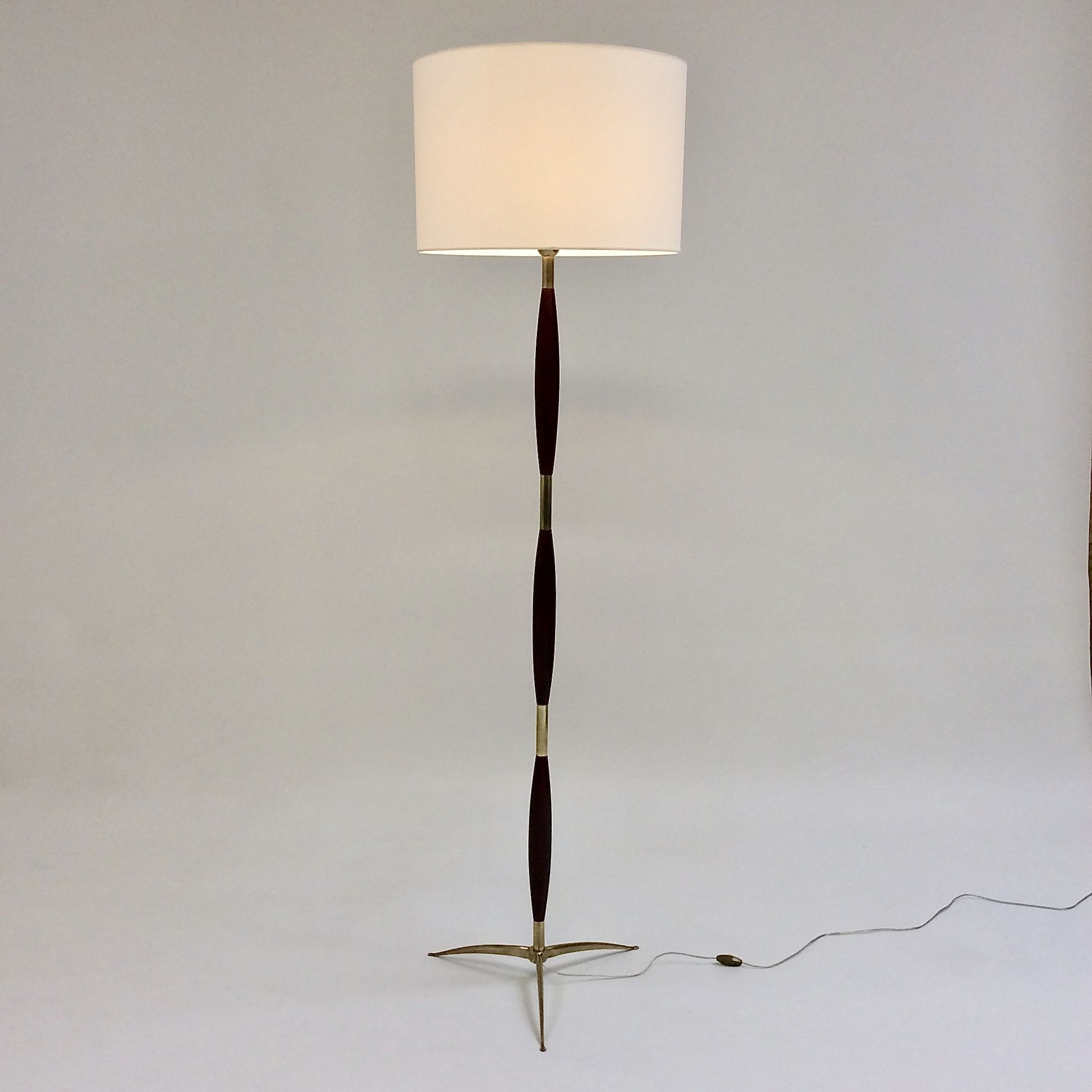 Vintage Wood And Brass Floor Lamp For Stilnovo Italy 1960 Design Market