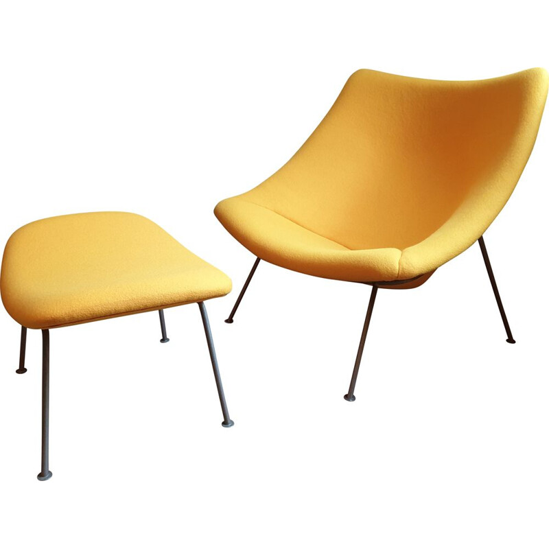 Vintage Oyster Chair with ottoman by Pierre Paulin for Artifort 1960