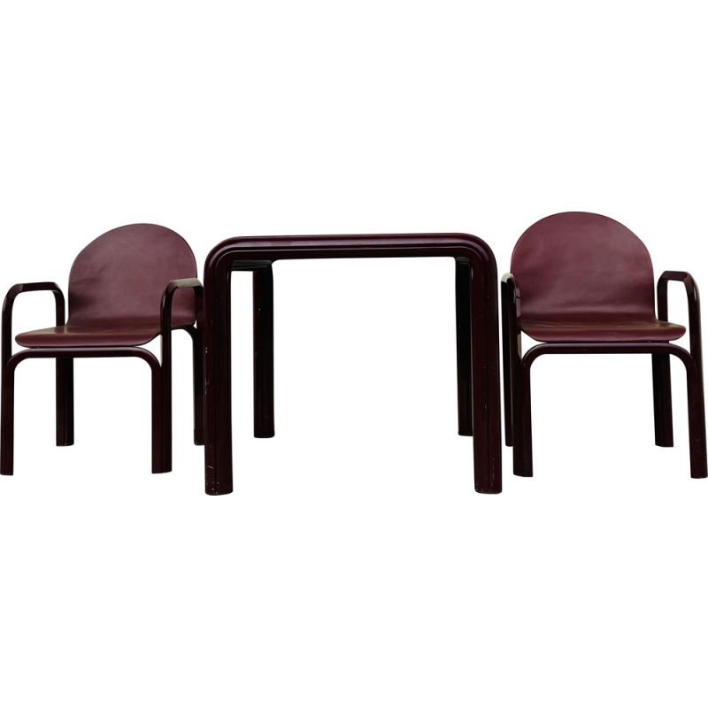 Vintage Gae Aulenti Knoll table and armchairs