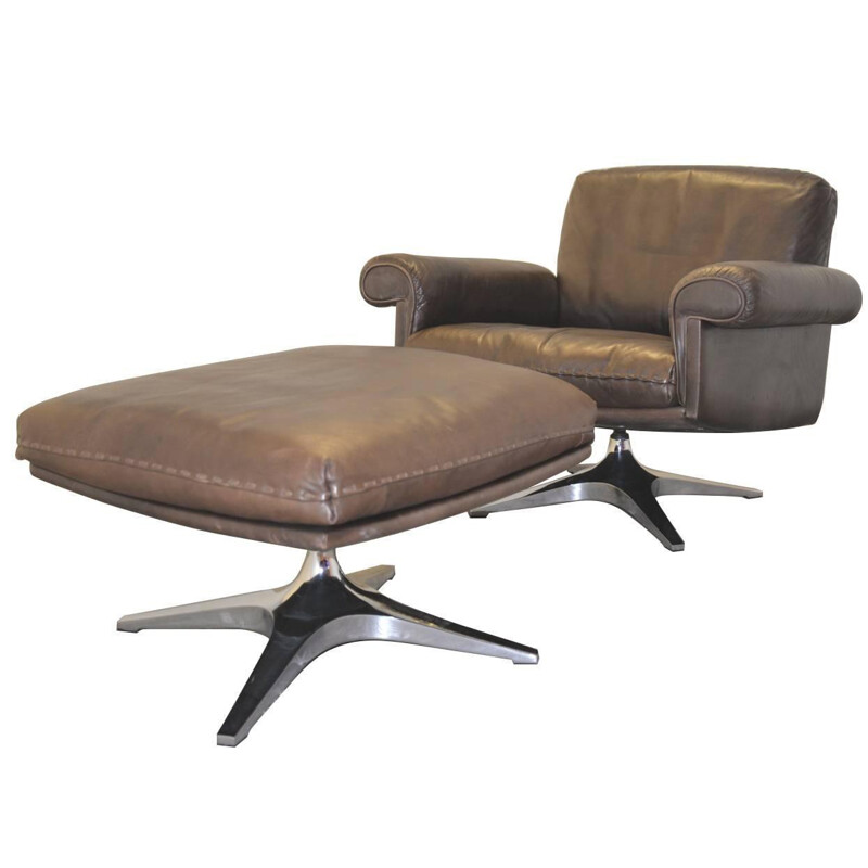 """De Sede """"DS 31"""" armchair and his ottoman in olive brown leather - 1970s"""