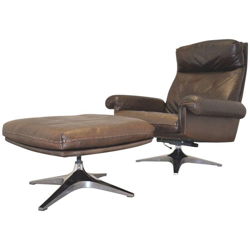 """De Sede """"DS 31"""" lounge armchair and his ottoman - 1970s"""