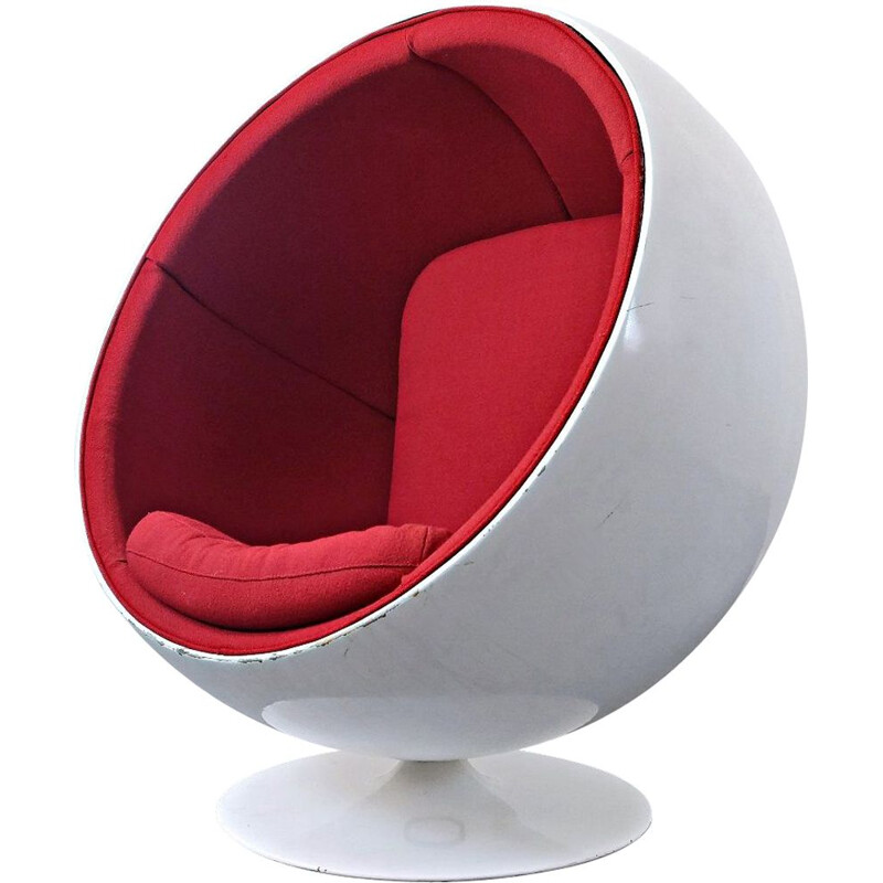 Vintage swivel armchair by Eero Aarnio
