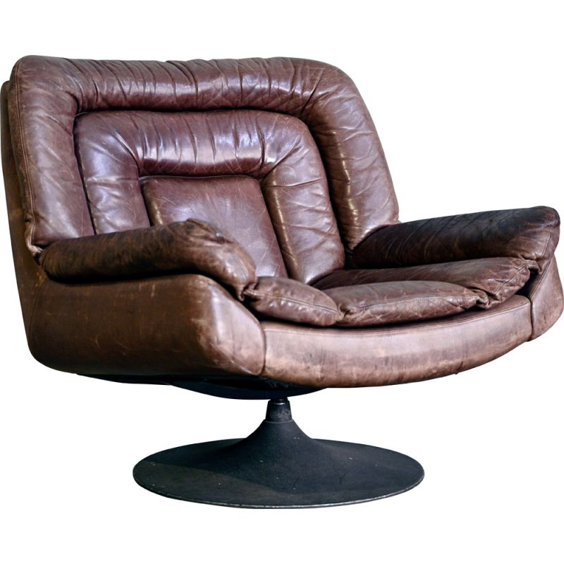Vintage Brutalist Swivel Chair in Leather and Metal 1970s