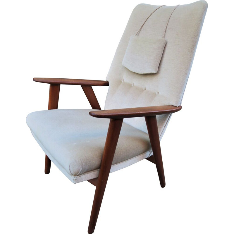 Vintage danish armchair in teak model 230 from Kurt Olsen