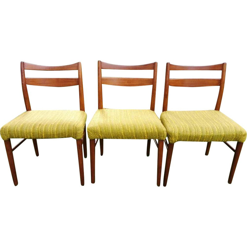 Set of 3 vintage chairs