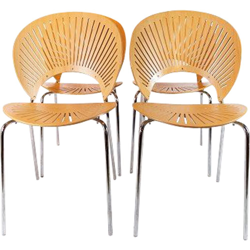 Set of 4 Trinidad chairs in beech by Nanna Ditzel.