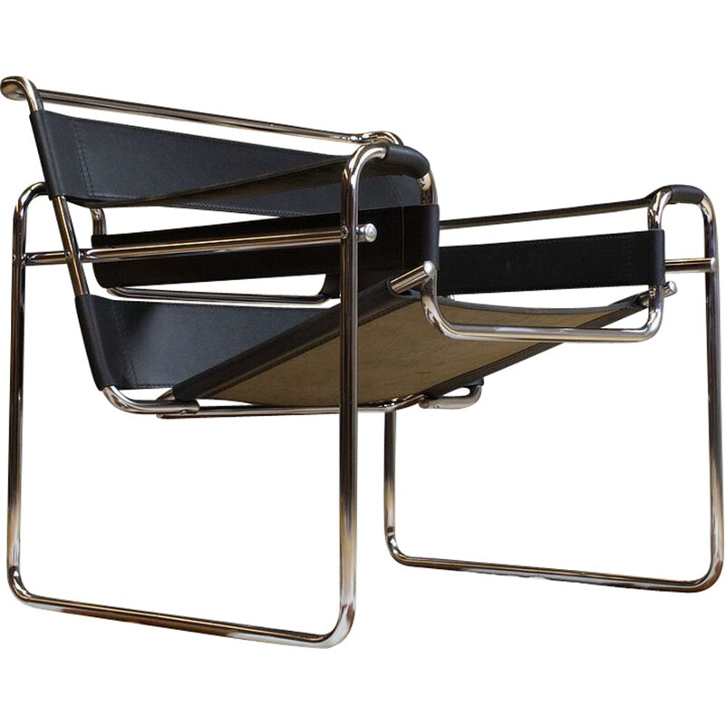 Vintage Wassily B3 Black Leather and Chrome Chair Marcel Breuer 1970s