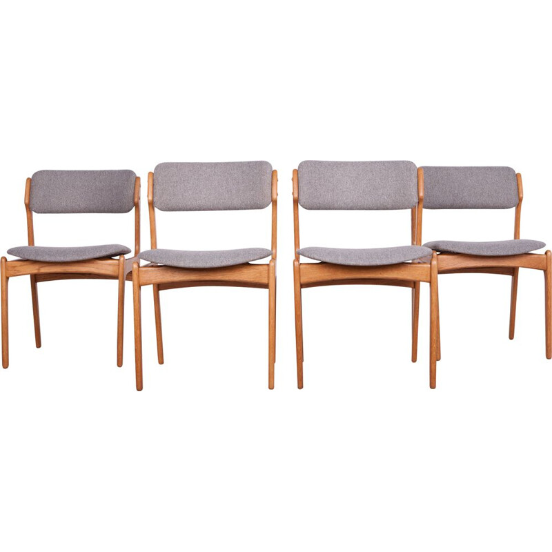 Set of 4 vintage oak chairs, model 49, by Erik Buch for Odense Maskinsnedkeri OD furniture 1960
