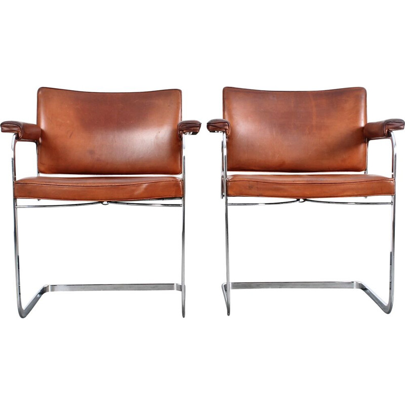 Pair of vintage office chairs De Sede