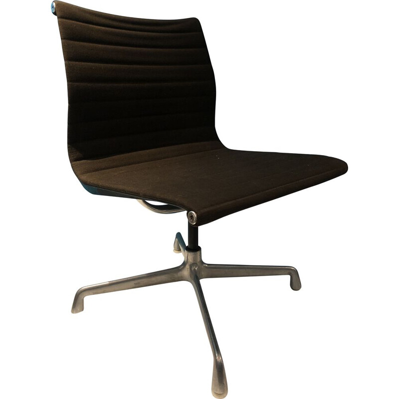 Vintage office chair by Charles and Ray Eames for Herman Miller