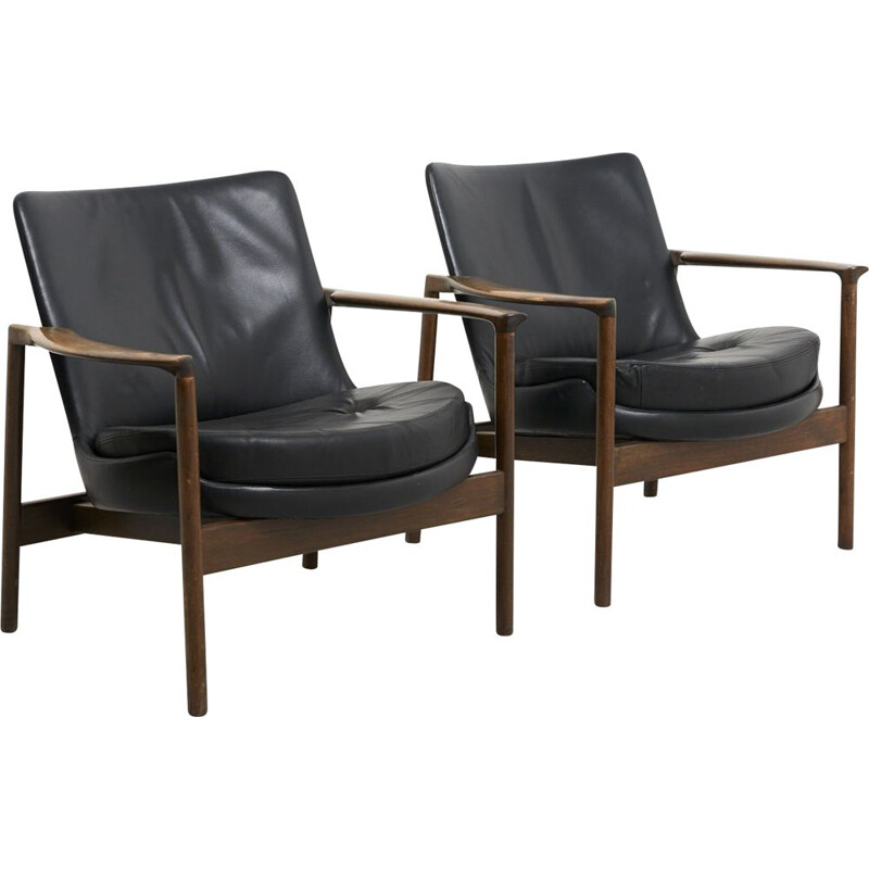 Pair of vintage Easy Chairs by Ib Kofod-Larsen for Fröscher Germany 1974s