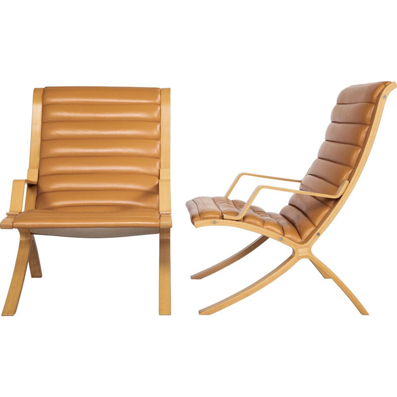 Pair of vintage Chairs by Hvidt & Molgaard for Fritz Hansen Danish 1970s