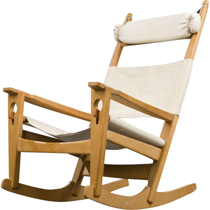 Vintage model GE-273 rocking chair by Hans J. Wegner for Getama Danish 1950s