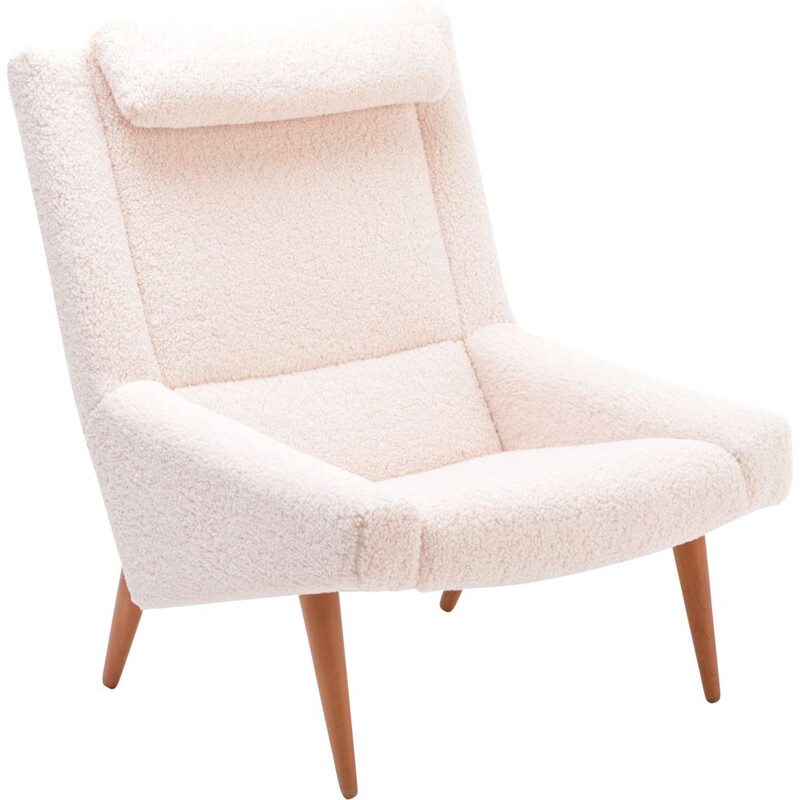 Vintage highback lounge chair in white teddy fur by Illum Wikkelso 1960s