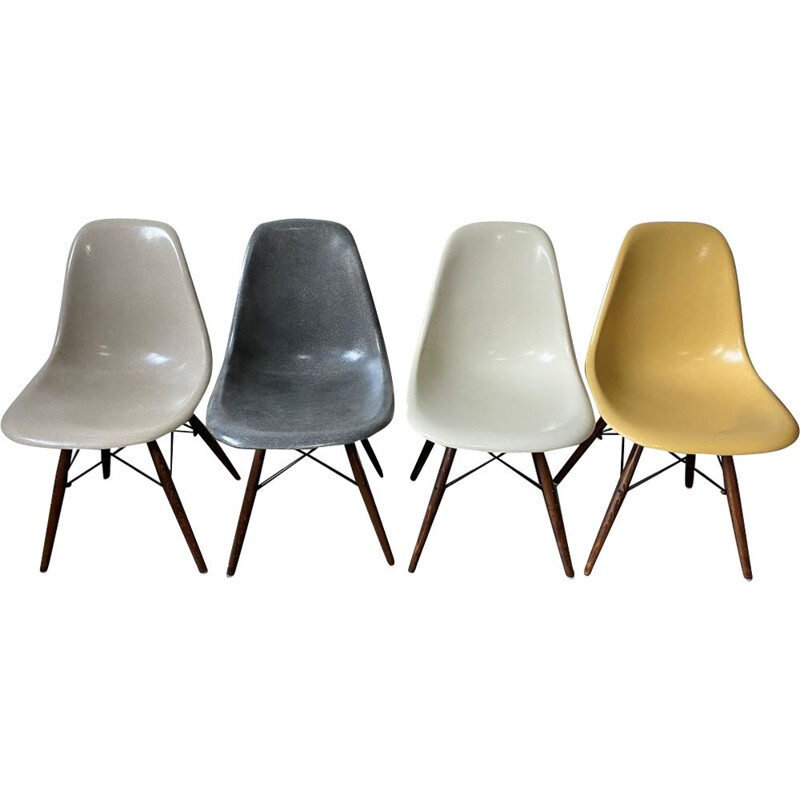 Set of 4 vintage elephant grey walnut eames herman miller chairs 1950s