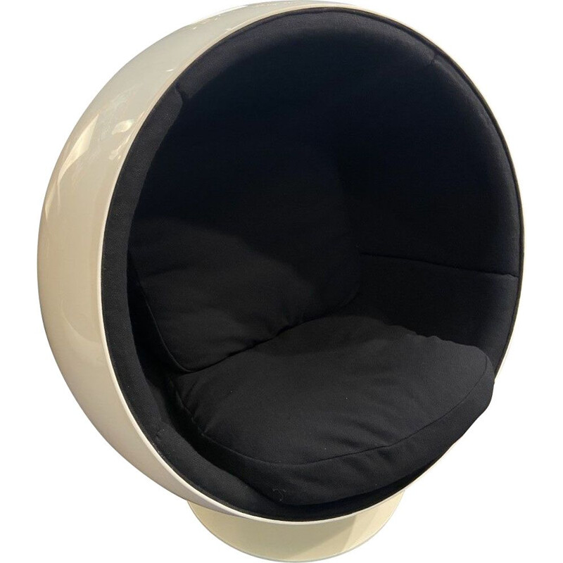 Vintage black ball chair Eero Aarnio 1986s