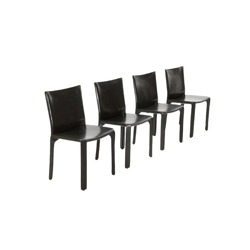 Set of 4 vintage chairs in black leather by Mario Bellini for Cassina 1970s