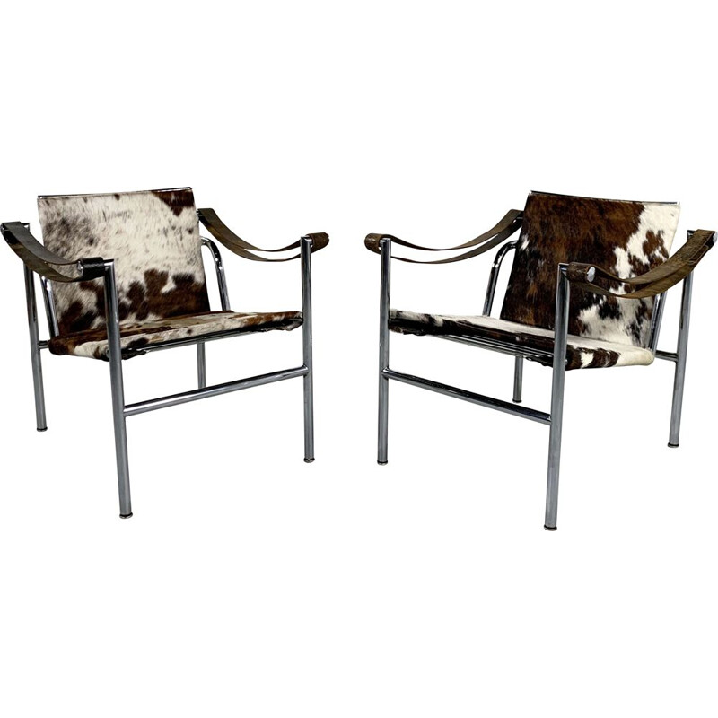 Pair of vintage Cow Hide Armchairs by Le Corbusier for Cassina 1970s