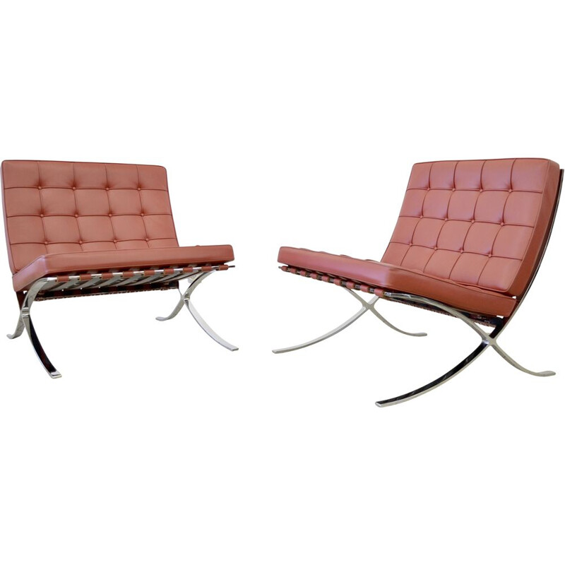 Pair of Vintage Knoll barcelona chairs in red leather by Ludwig Mies Van Der Rohe 1929s