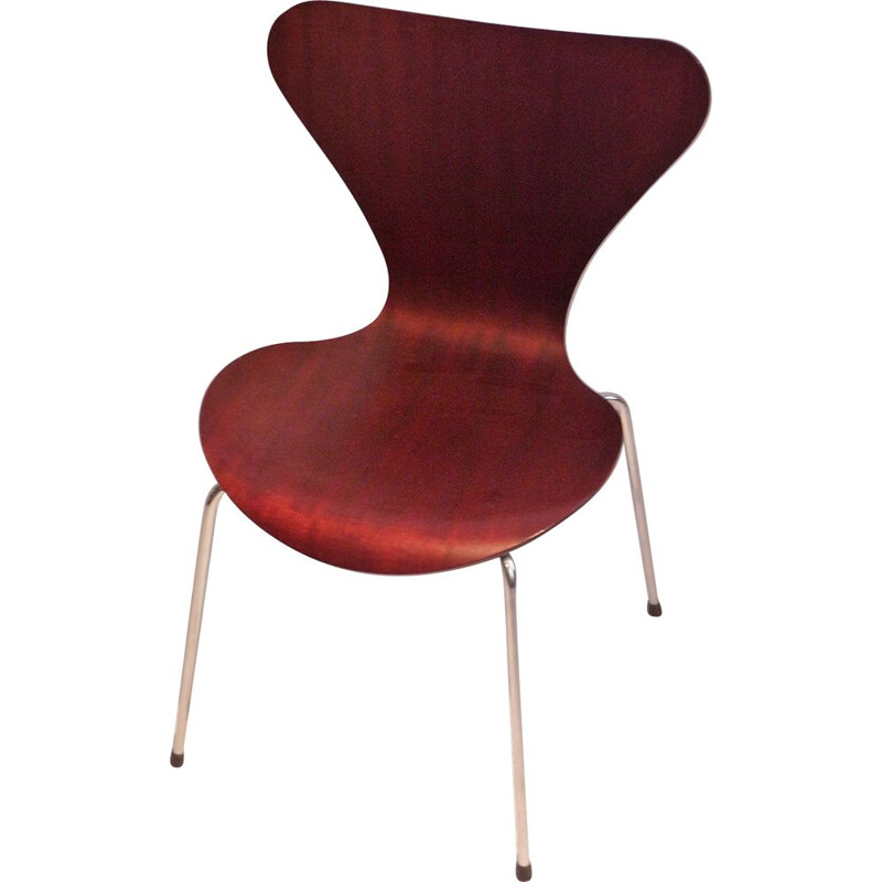 Vintage Arne Jacobsen 3107 Chair in mahogany
