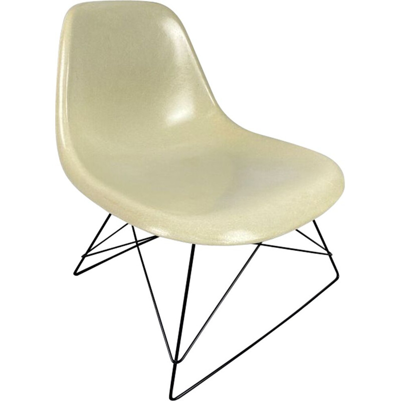 Vintage lounge chair in white glass fibre Charles & Ray Eames