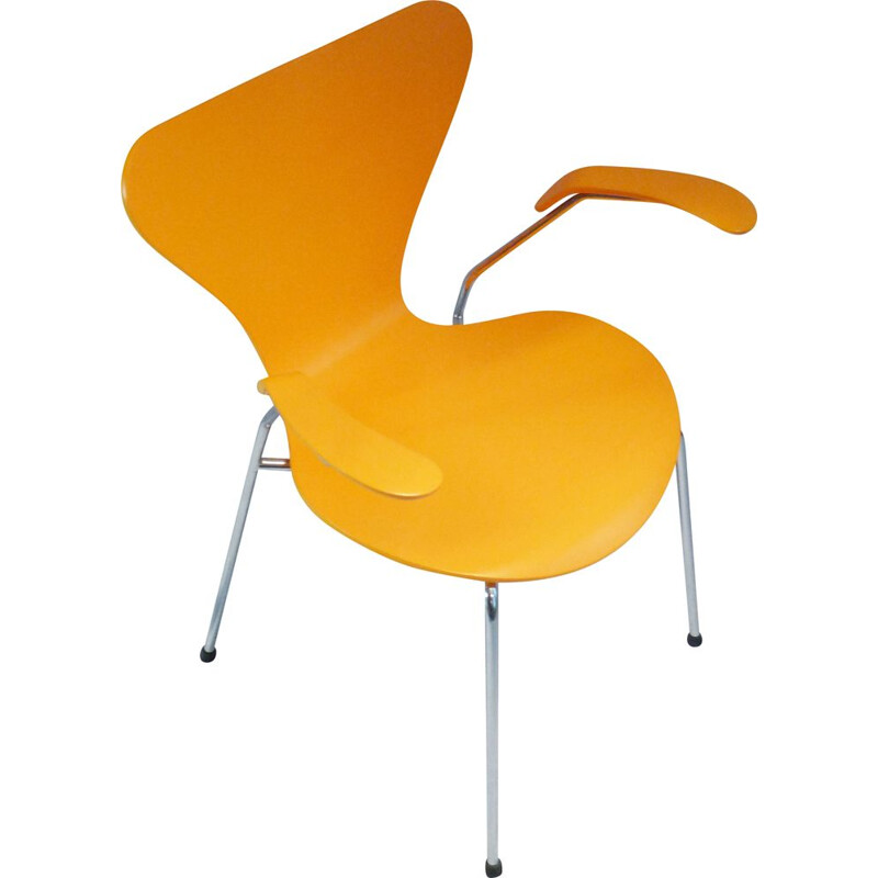 Vintage chair mod 3207 orange yellow