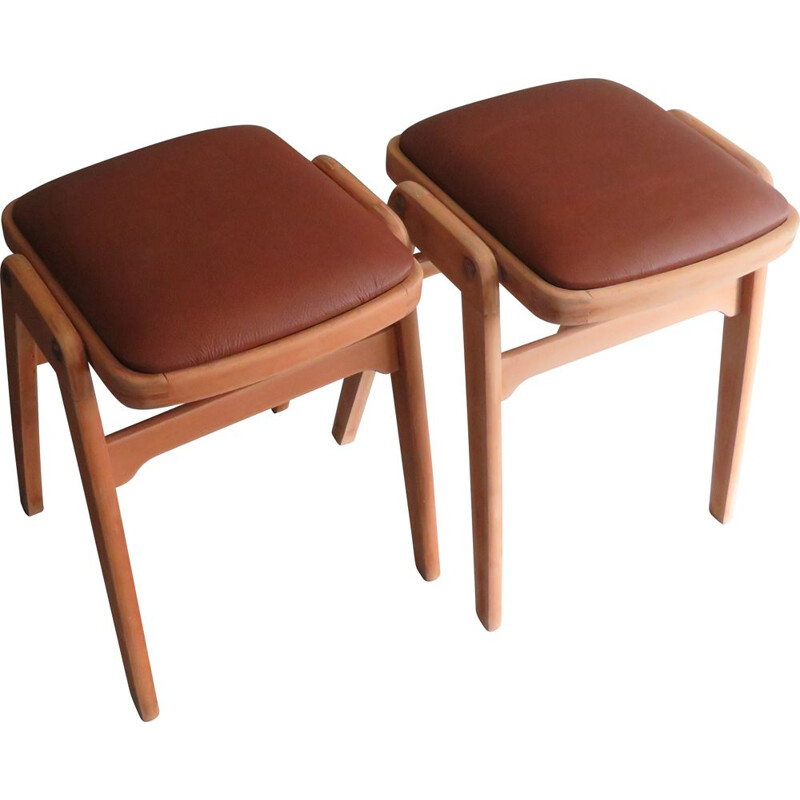 Pair of stackable vintage stools by Benchairs 1960
