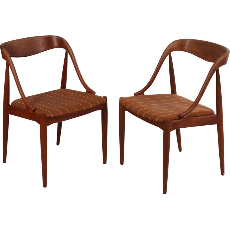 Pair of vintage dining room chairs by Johannes Anderson for Uldum Mobelfabric 1950s
