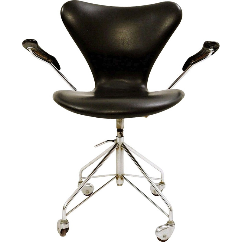 Vintage office chair by Arne Jacobsen for Fritz Hansen 1950s